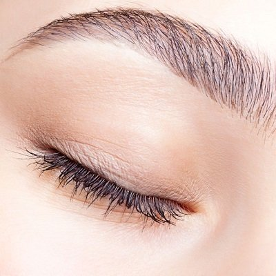 BROW TINTING AT TOP HAIR BEAUTY SCHOOL IN HERTFORDSHIRE