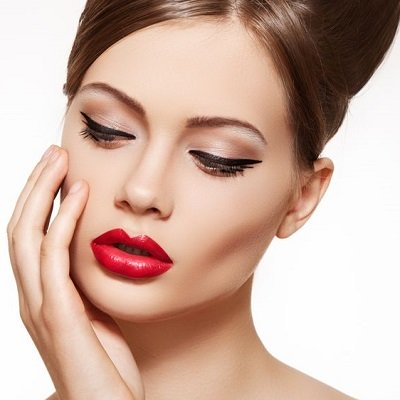 MAKE UP COURSES IN THE UK AT ELITE BEAUTY SCHOOL IN HERTFORDSHIRE