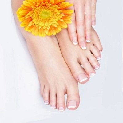 Manicure Pedicure courses at Elite School of Beauty Therapy in Bishops Stortford Hertfordshire 1